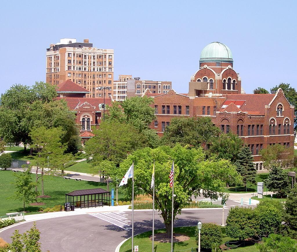 Loyola University Chicago Campus Photo