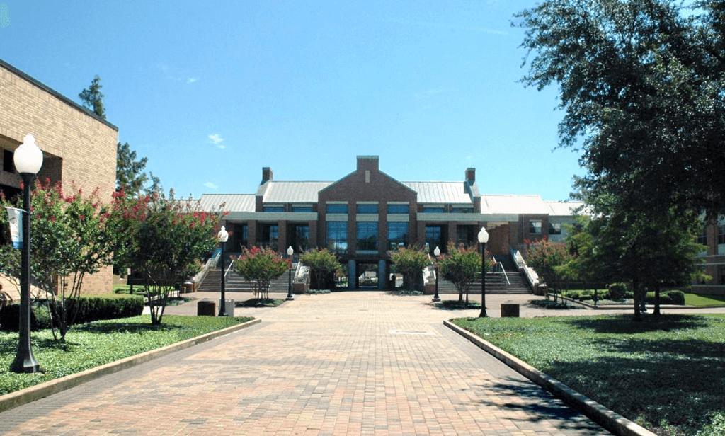 The University of Texas at Arlington Campus Photo